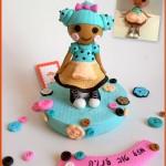 ערכה לקישוט עוגה עם דמות של לה לה לופסי