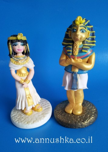 Pharaoh And Cleopatra fondant topper