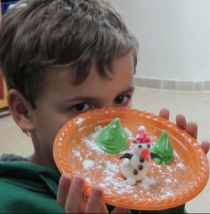 חוג פיסול בבצק סוכר לילדים