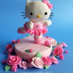 Fondant hello kitty topper