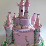 עוגת ארמון מבצק סוכר