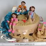 עוגה מעוצבת בבצק סוכר