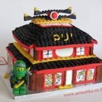 עוגה מעוצבת בצורת ארמון של נינג'גו